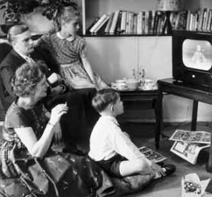 sharma-obesity-family-watching-tv